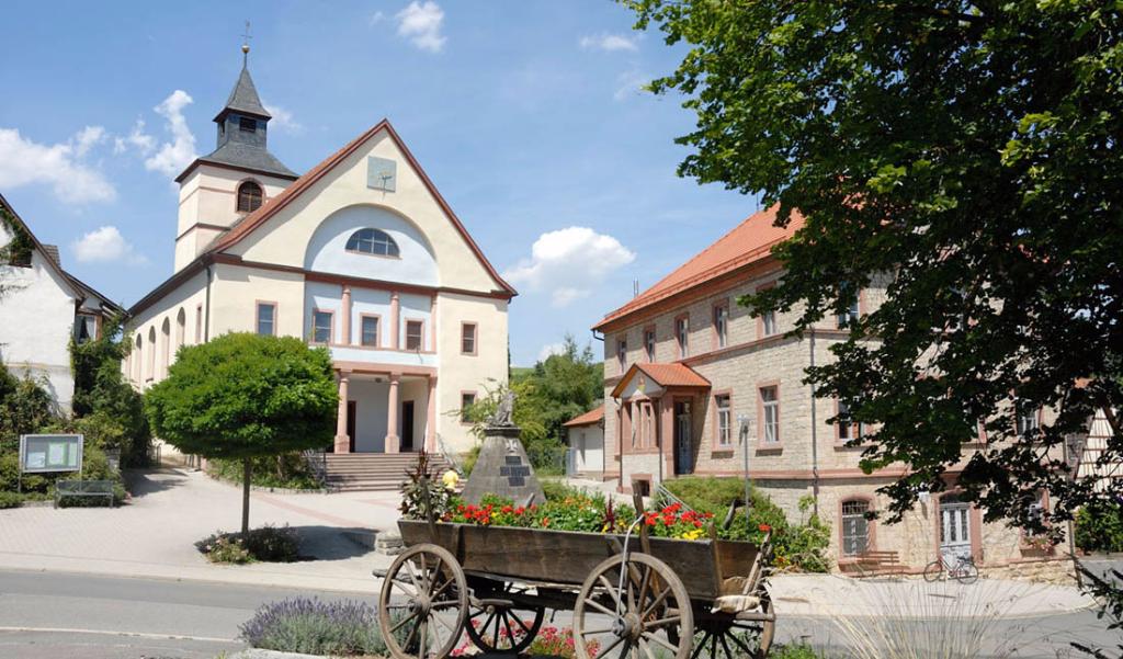 Spedition Sucht Lkw-Fahrer, Lkw-Fahrer Aus Uiffingen